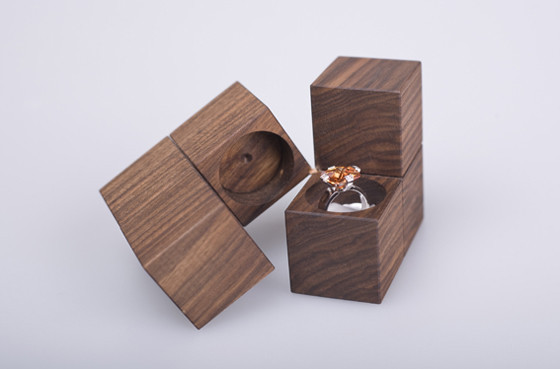JEWELRY PACKAGING KLOTZ